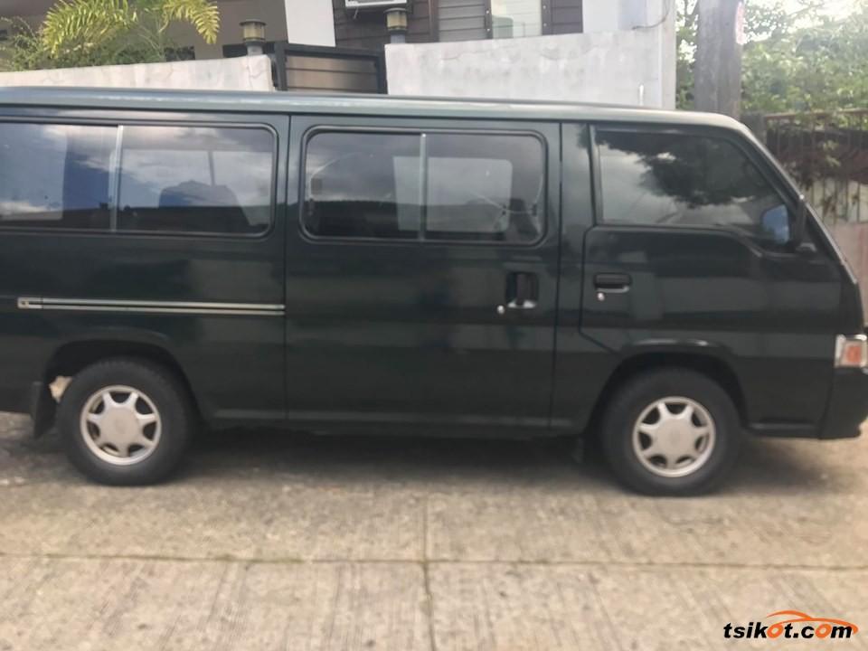 Nissan Urvan 2006 - 3