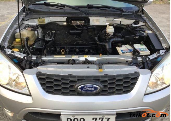 Ford Escape 2011 - 8