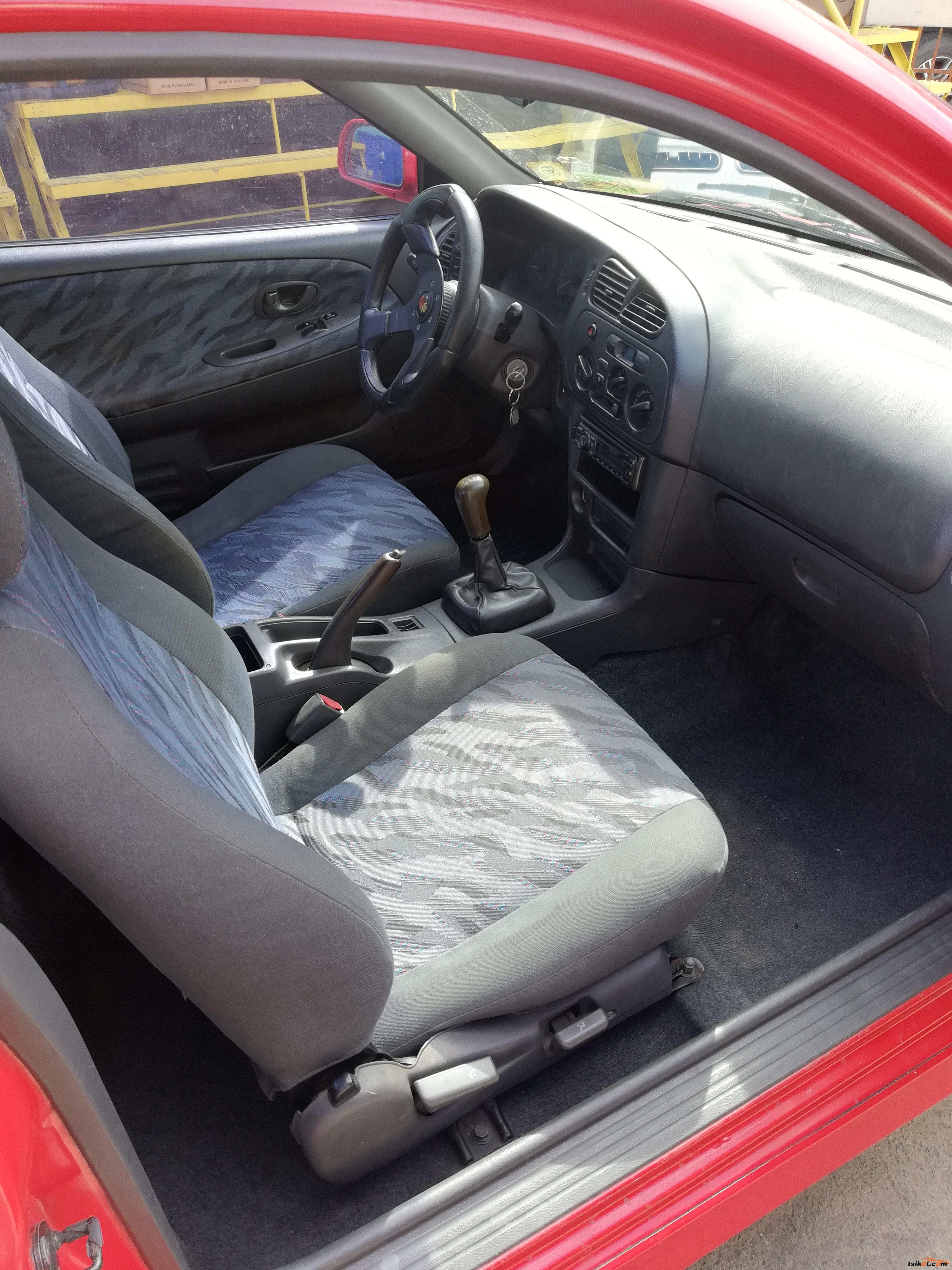 Mitsubishi Lancer 1997 - 8