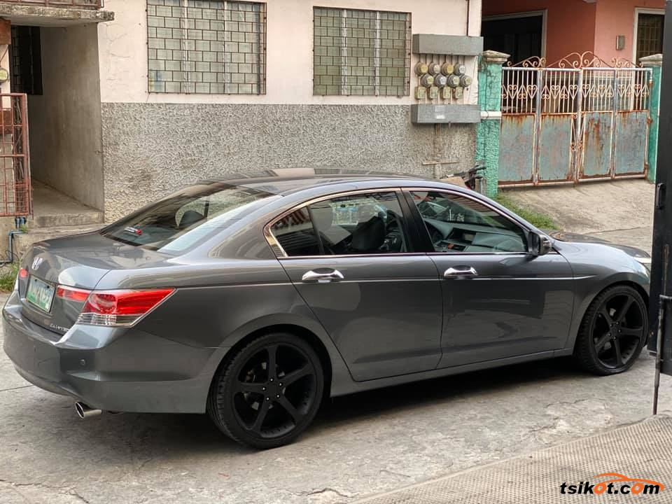 Honda Accord 2010 - 6