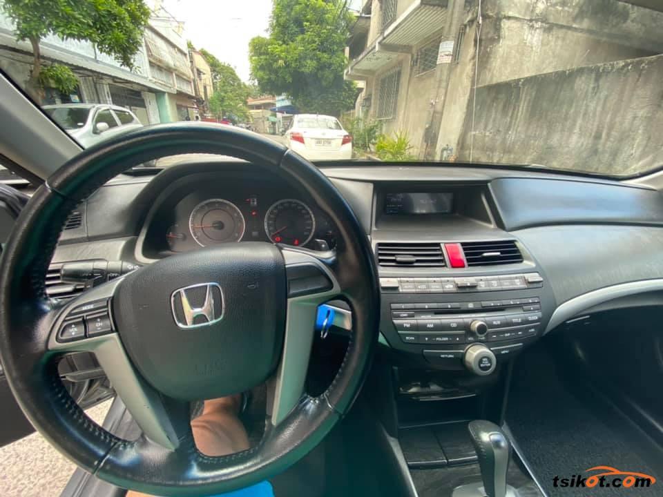 Honda Accord 2010 - 9
