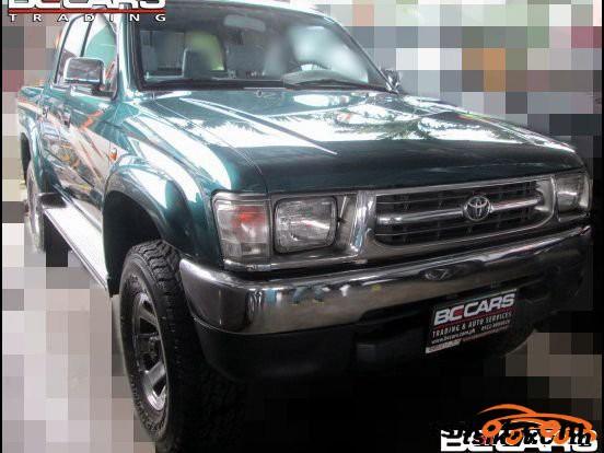 Toyota Hilux 2001 - 5