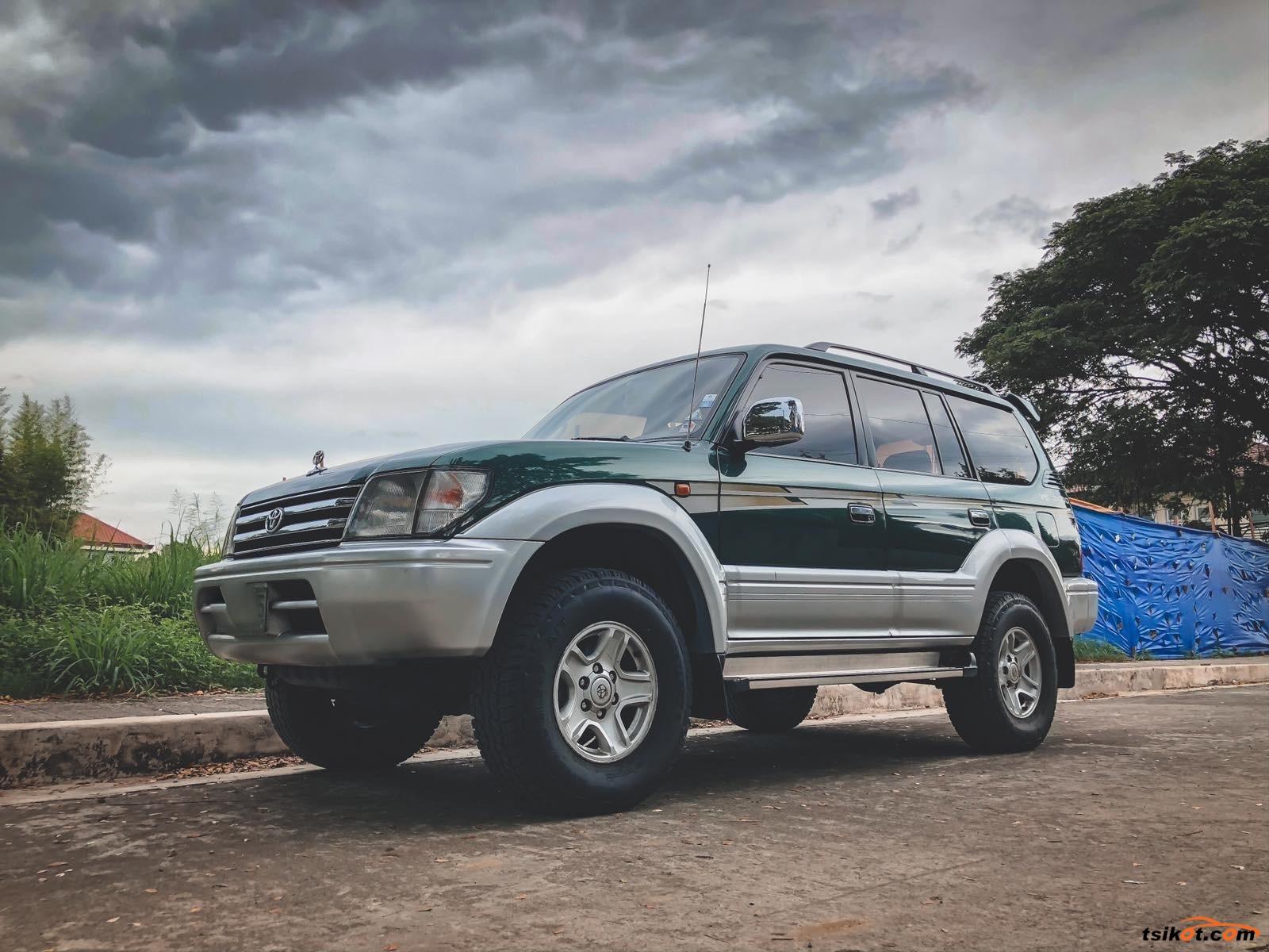 Toyota Land Cruiser Prado 2017 - 2