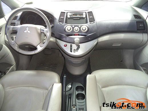 Mitsubishi Grandis 2007 - 5