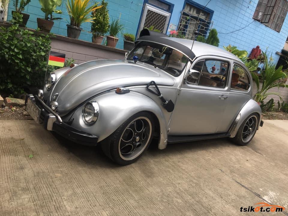 Volkswagen Beetle 2000 - 1