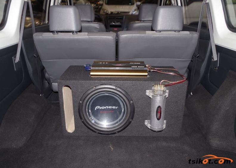 Toyota Avanza 2012 - 5
