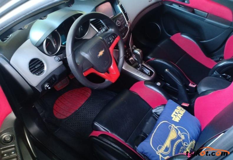 Chevrolet Cruze 2012 - 3