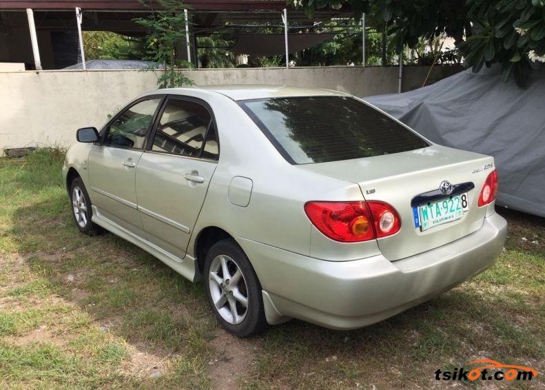 Toyota Corolla 2001 - 3