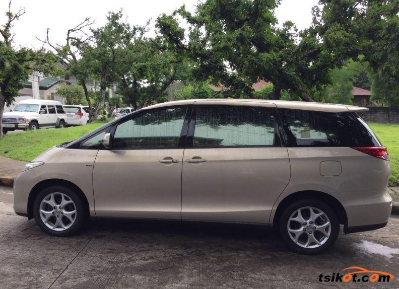 Toyota Previa 2010 - 2