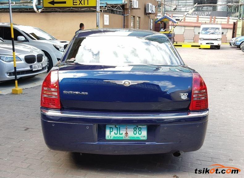 Chrysler 300 2005 - 3