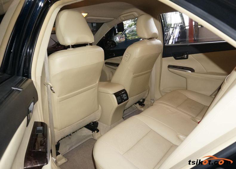 Toyota Camry 2015 - 4