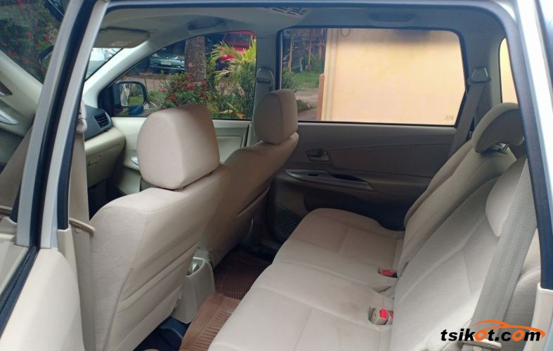 Toyota Avanza 2014 - 2