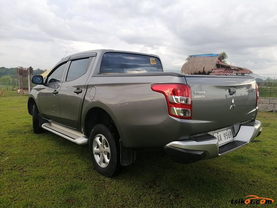 Mitsubishi Strada 2017 - 6