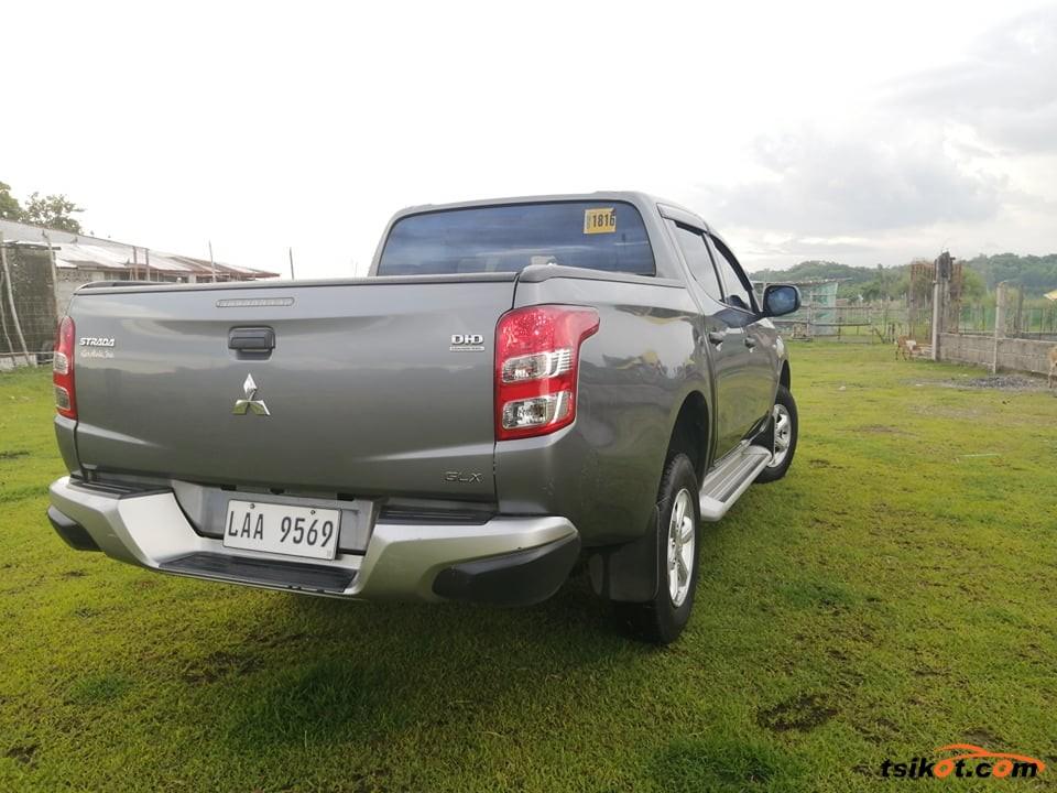 Mitsubishi Strada 2017 - 8