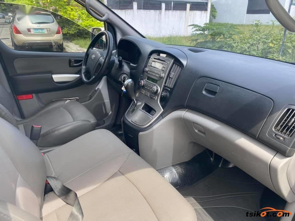 Hyundai Grand Starex 2015 - 4