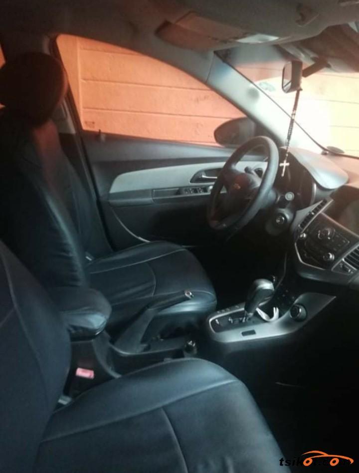 Chevrolet Cruze 2013 - 3