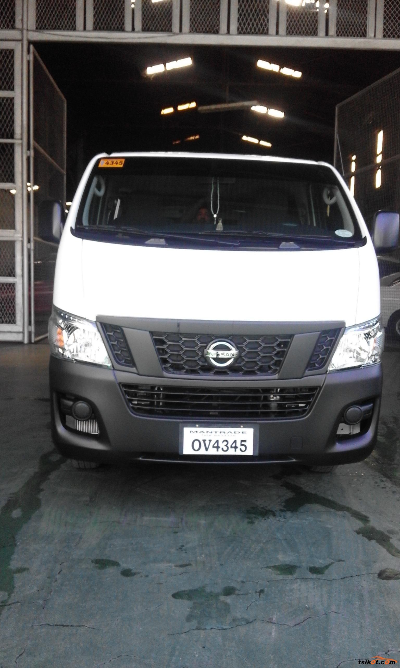 Nissan Urvan 2017 - 7