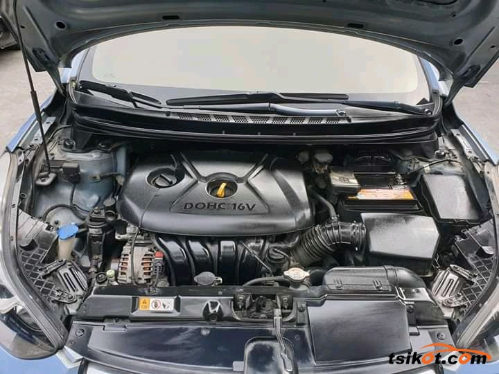 Hyundai Elantra 2014 - 2