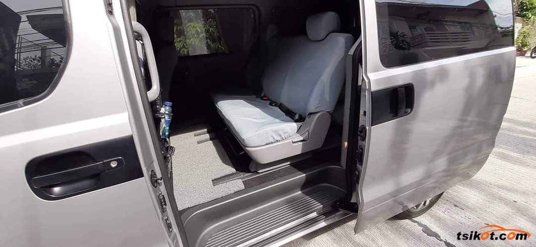 Hyundai Grand Starex 2015 - 10