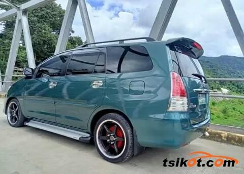 Toyota Innova 2011 - 6