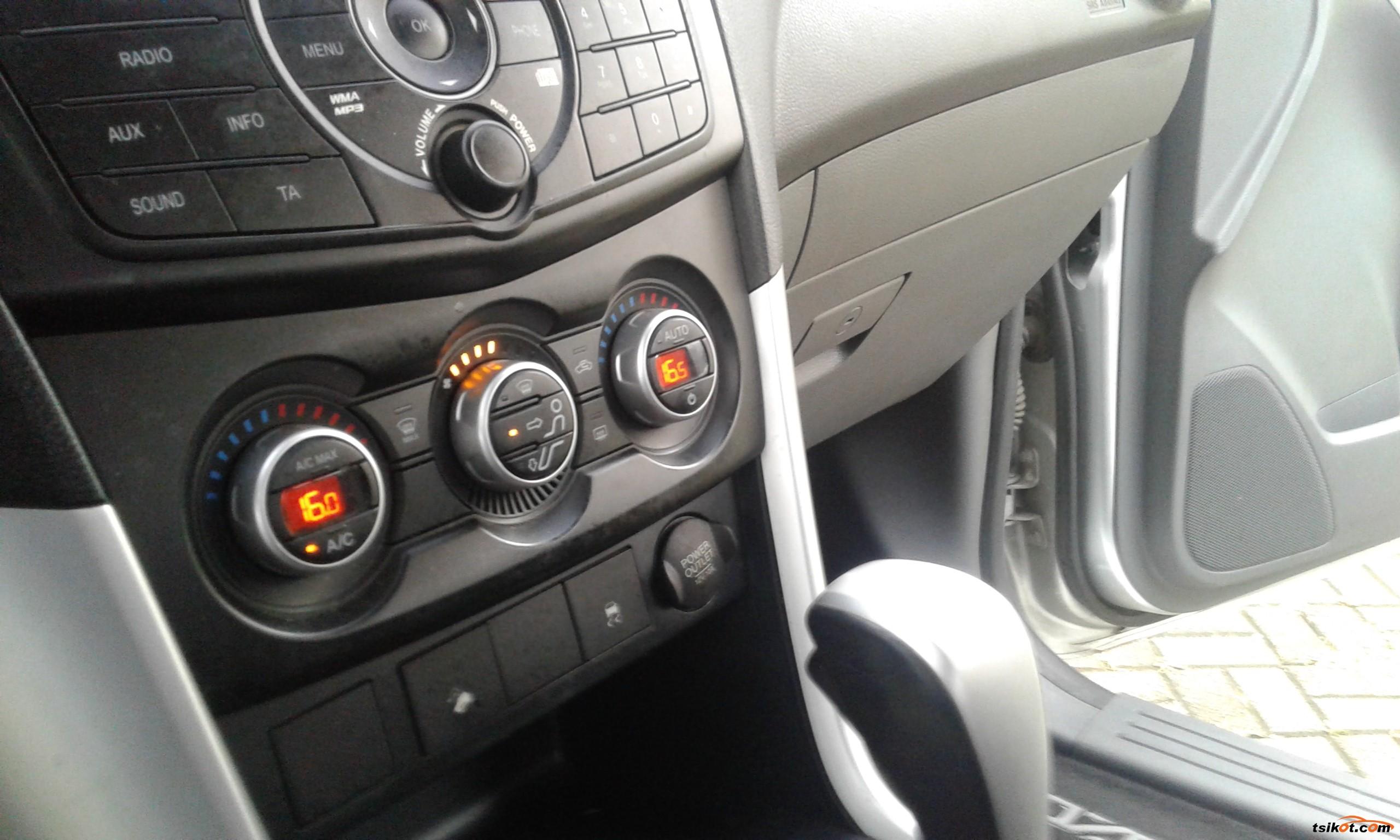 Mazda Bt-50 2016 - 9