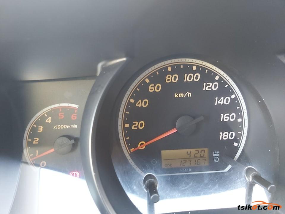 Toyota Hi-Ace 2006 - 5