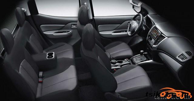 Mitsubishi Strada 2015 - 1