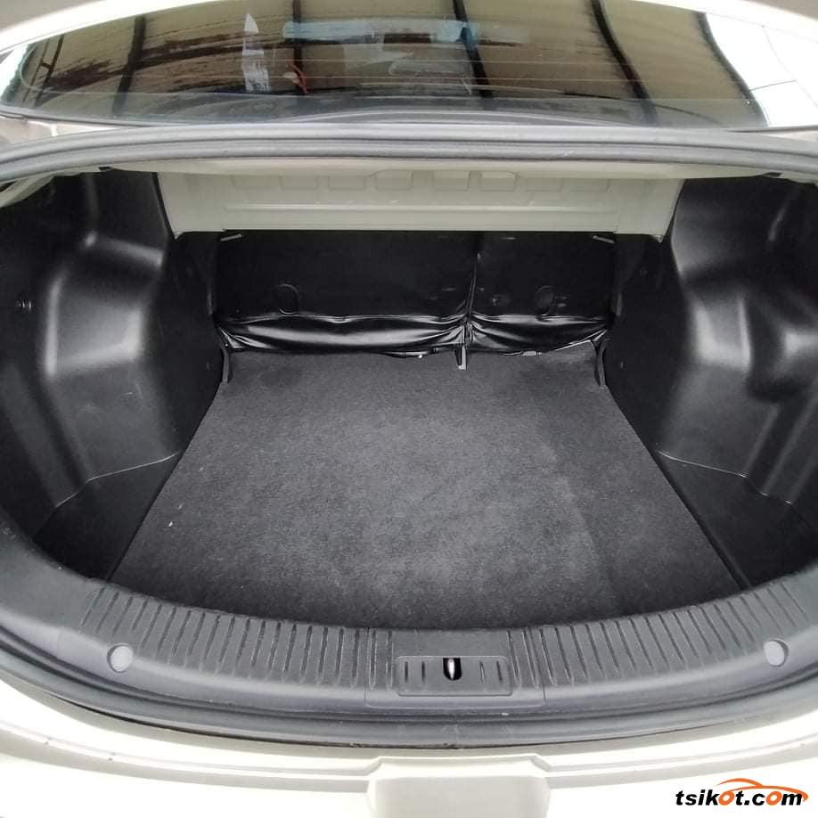 Mazda 2 2012 - 6