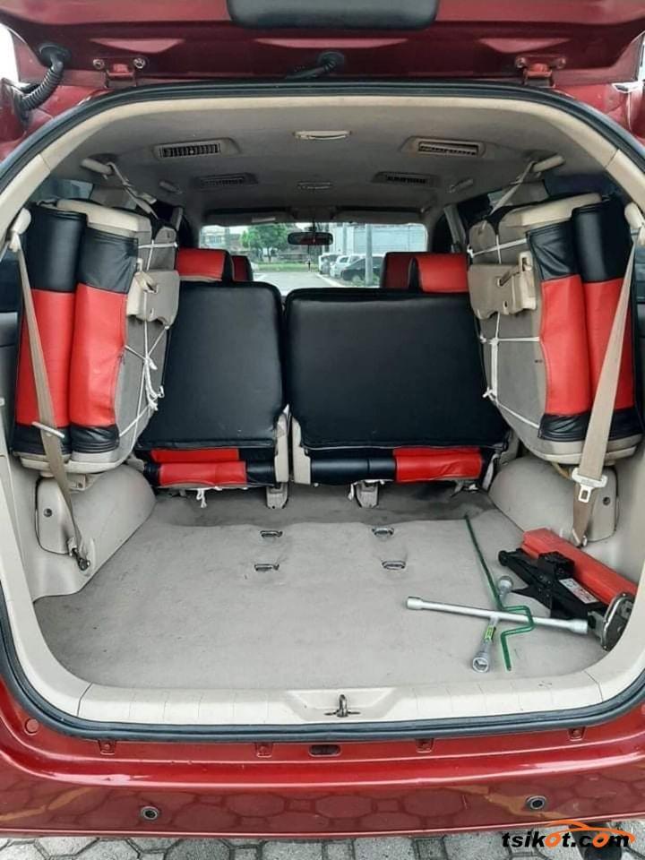 Toyota Innova 2005 - 10