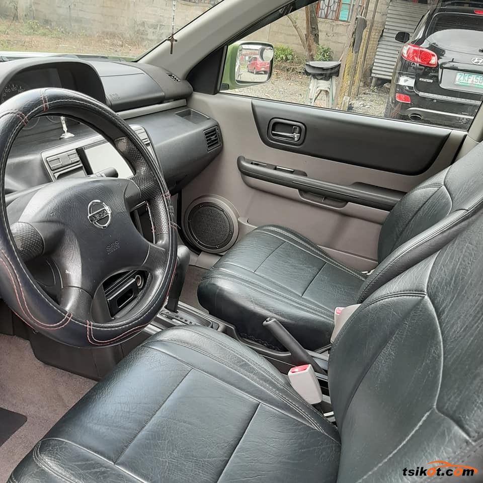 Nissan X-Trail 2004 - 2