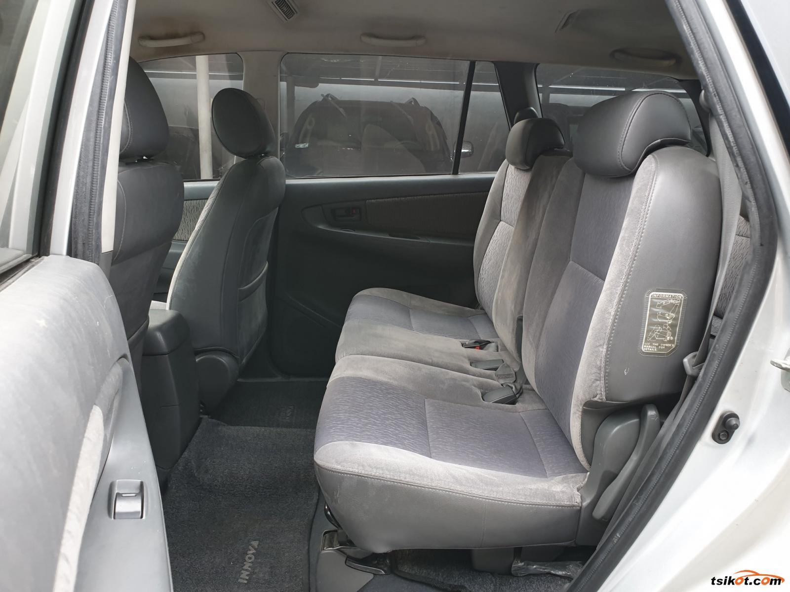 Toyota Innova 2014 - 6