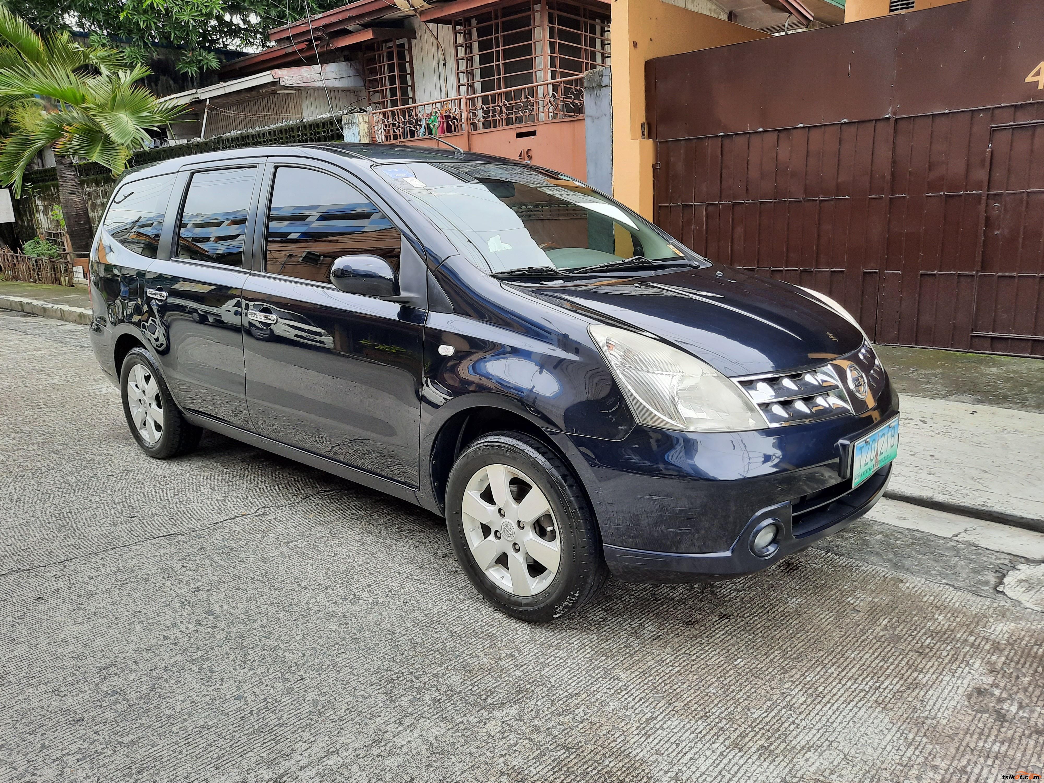 Nissan Grand Livina 2011 - 3