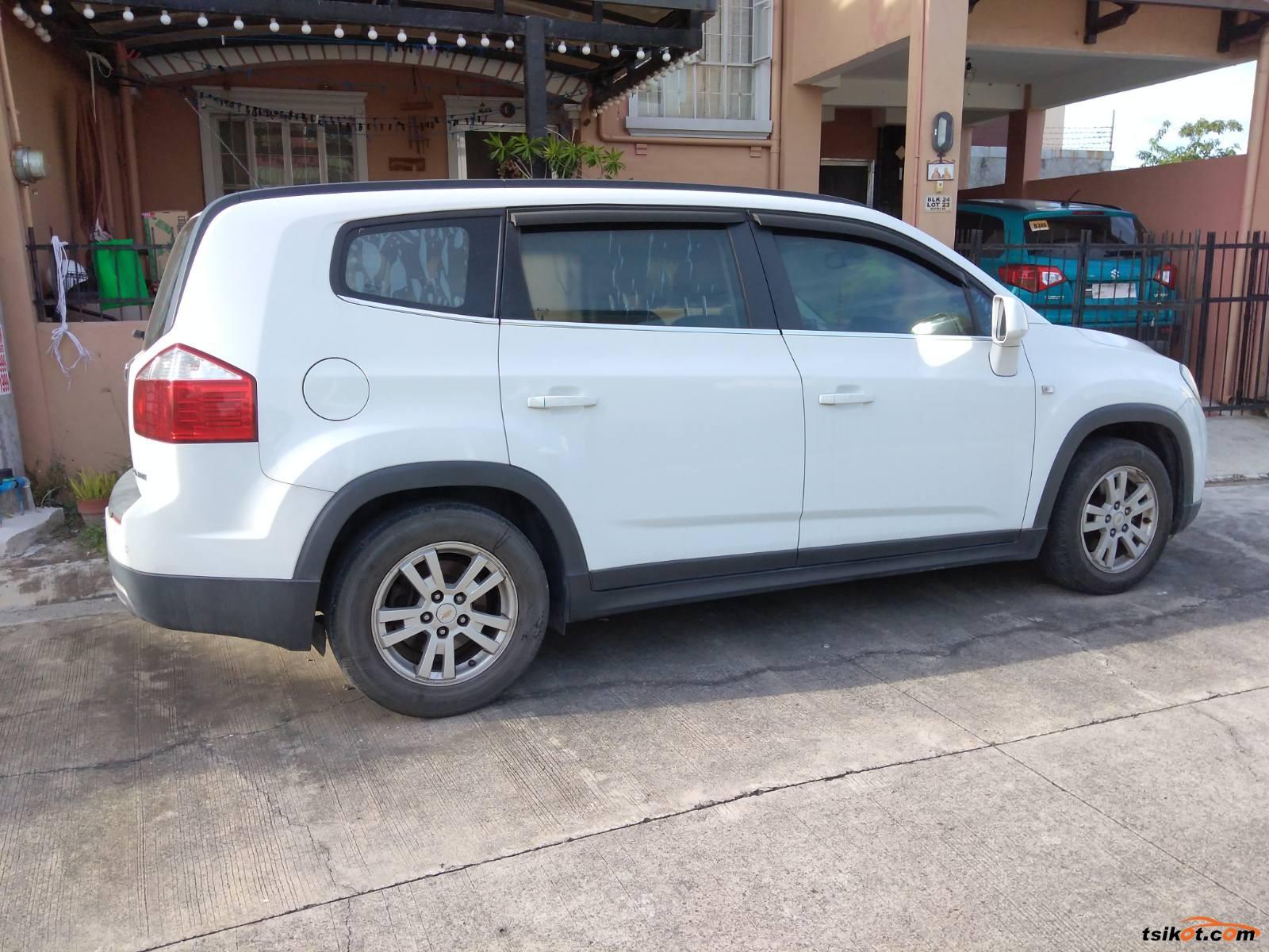 Chevrolet Orlando 2012 - 2