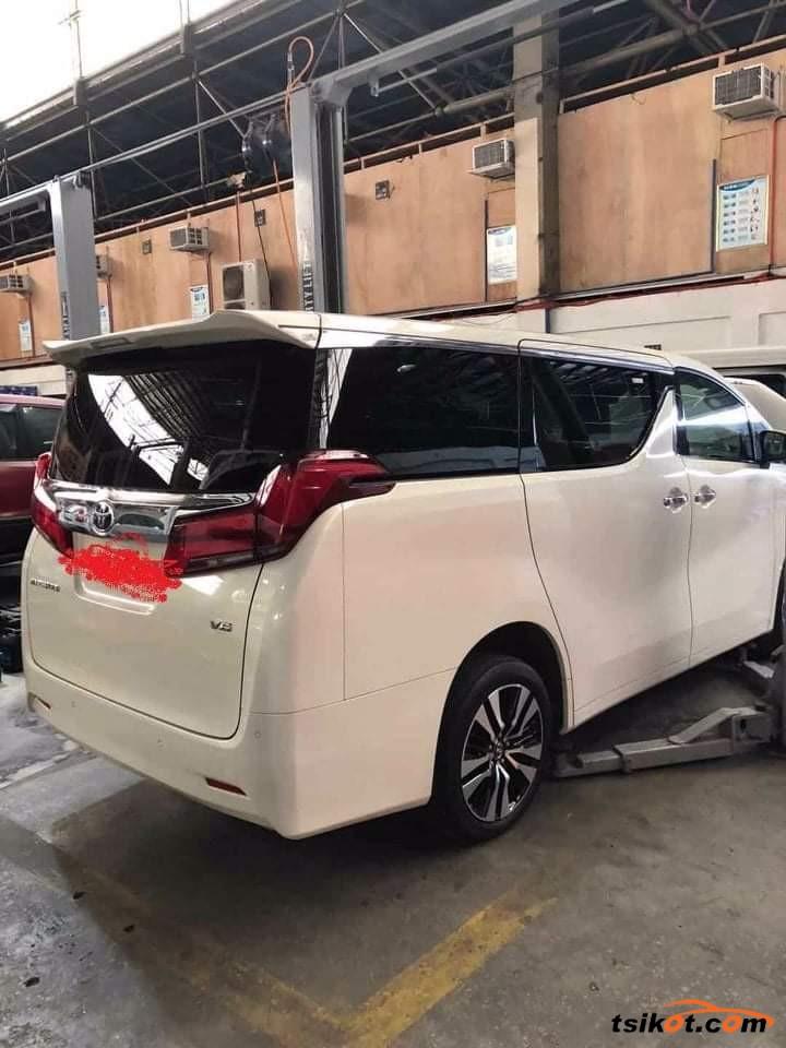 Toyota Alphard 2018 - 4
