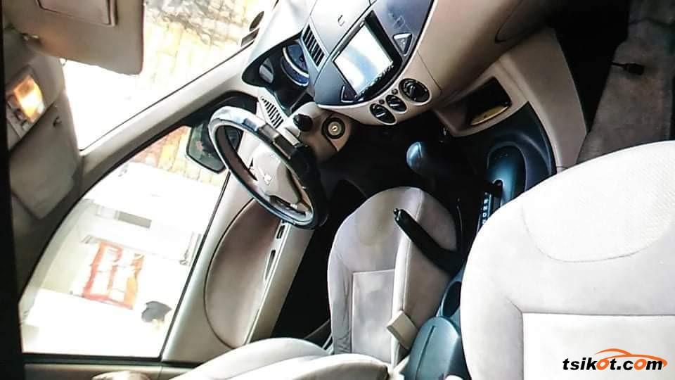 Mitsubishi Fuzion 2013 - 4