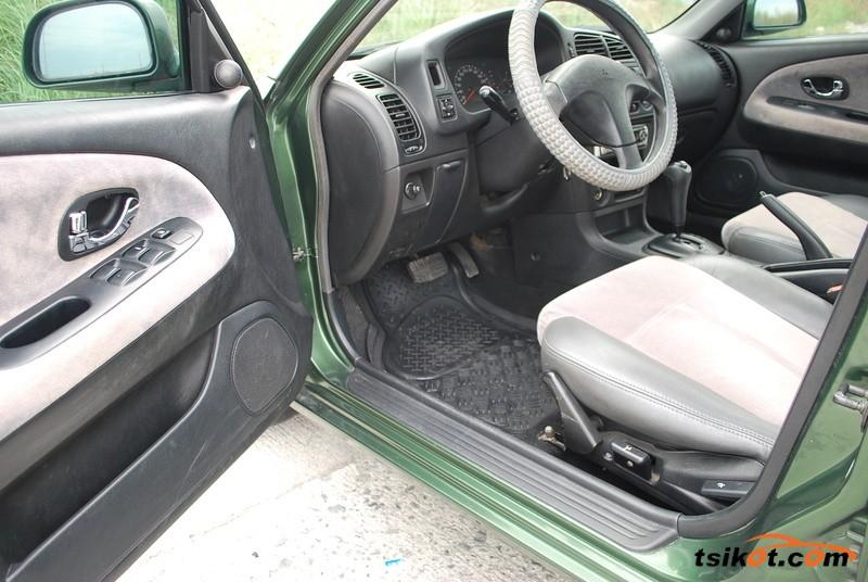 Mitsubishi Lancer 2002 - 7