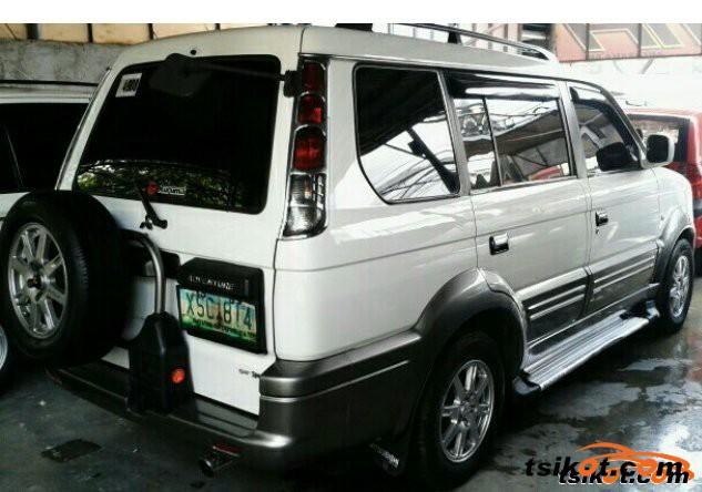 Mitsubishi Montero 2005 - 2