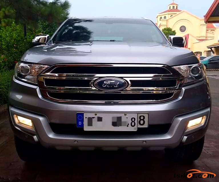 Ford Everest 2016 - 9