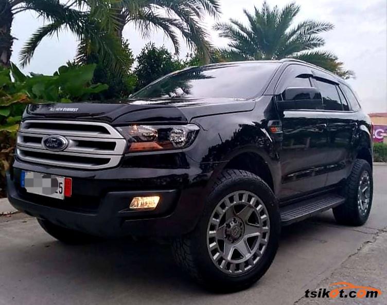 Ford Everest 2018 - 1