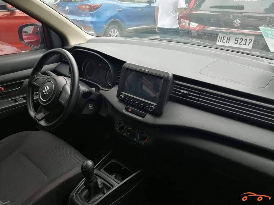 Suzuki Ertiga 2018 - 4