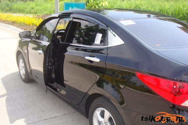 Hyundai Accent 2012 - 2