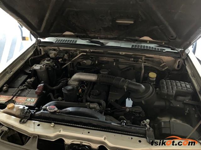 Nissan Frontier 2012 - 9