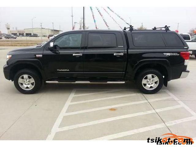 Toyota Tundra 2011 - 4