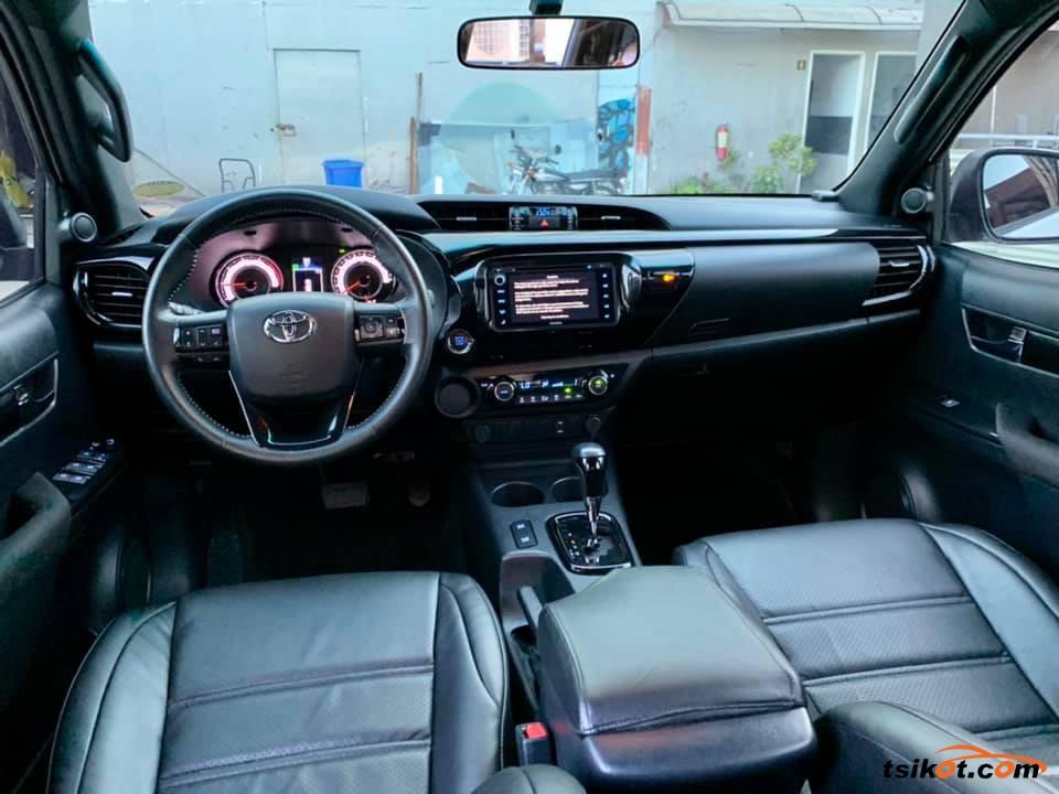 Toyota Hilux 2018 - 6