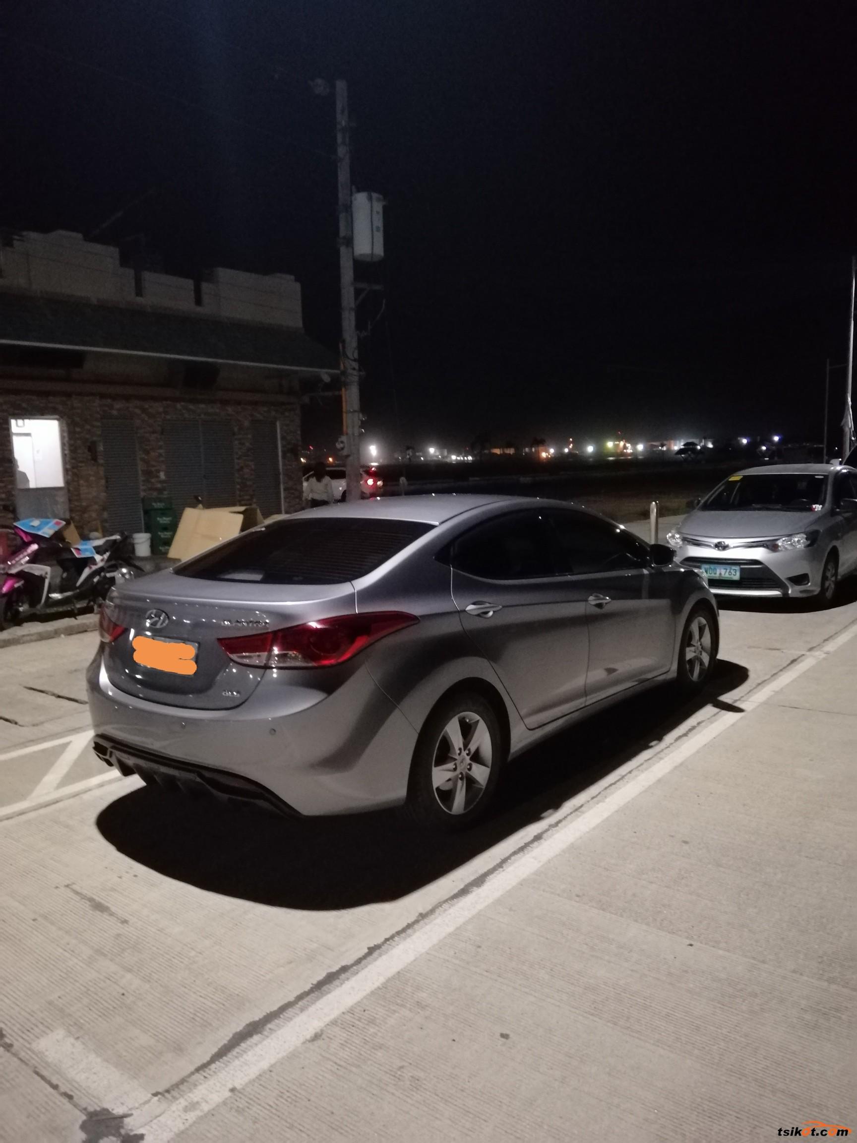 Hyundai Elantra 2012 - 8