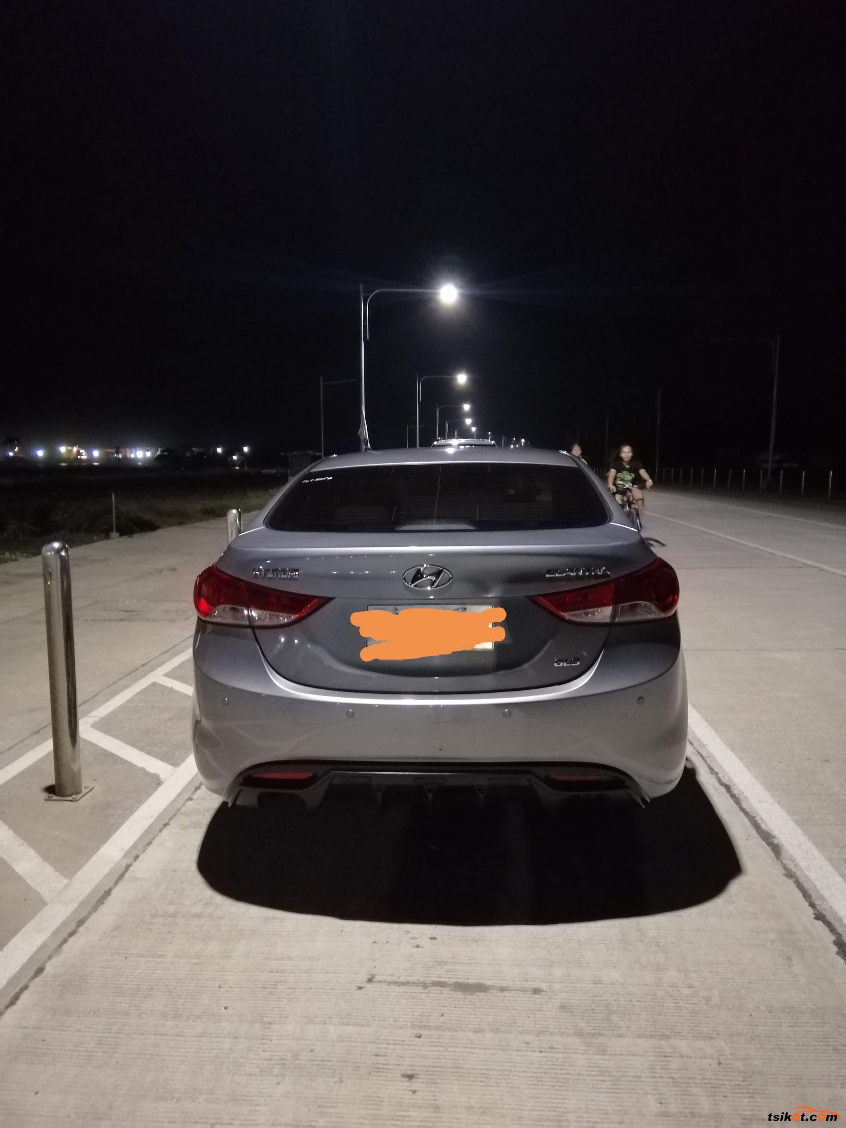 Hyundai Elantra 2012 - 9