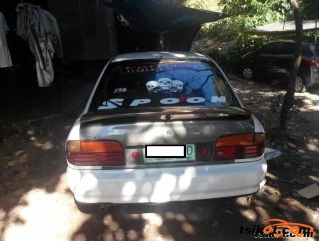 Mitsubishi Lancer 1995 - 2
