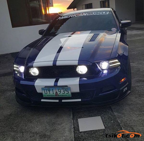 Ford Mustang 2013 - 1