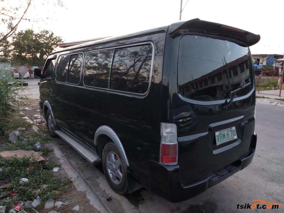 Nissan Urvan 2003 - 5