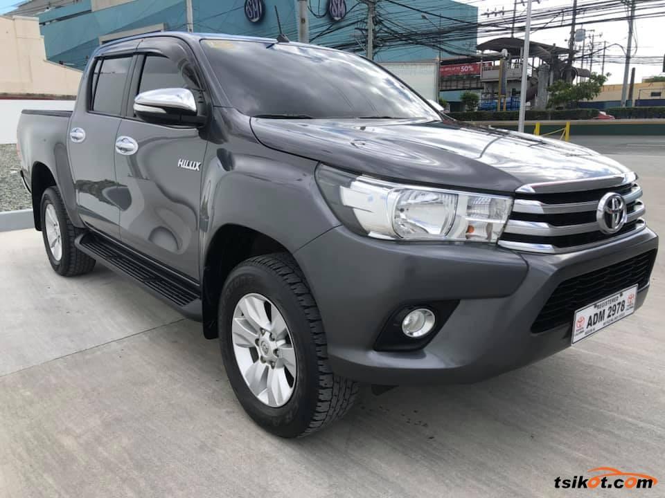 Toyota Hilux 2016 - 6
